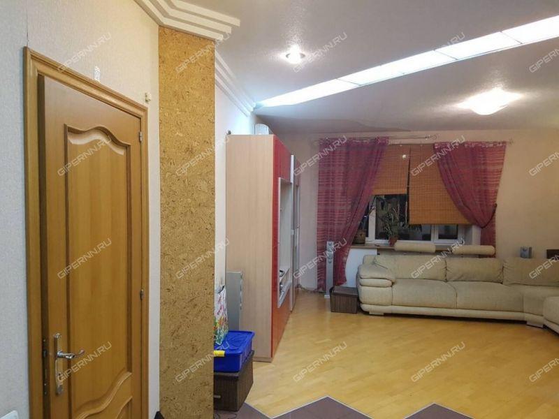 трёхкомнатная квартира на улице Большая Покровская дом 47Б