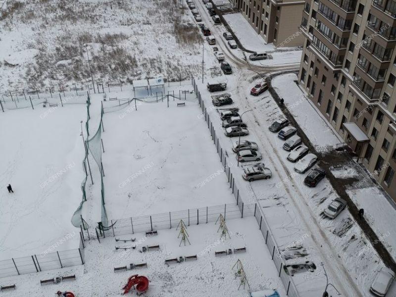двухкомнатная квартира на улице Июльских Дней дом 1 к1
