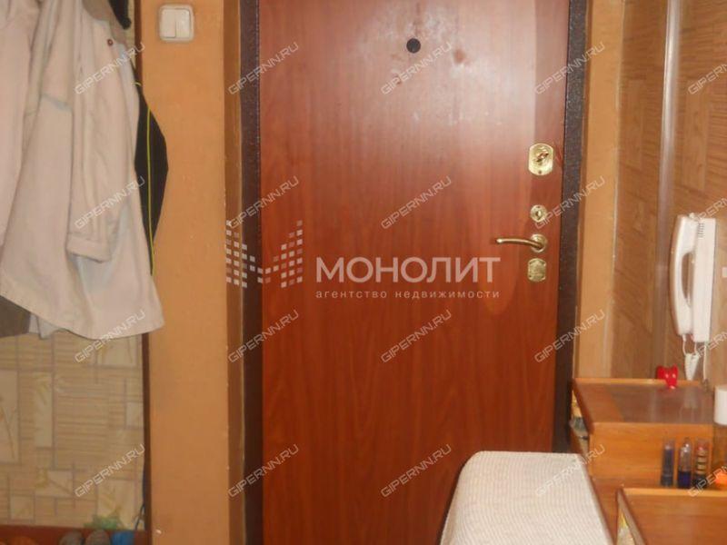 трёхкомнатная квартира на улице Военных Комиссаров дом 4