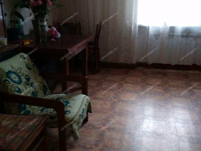 двухкомнатная квартира на улице Краснодонцев дом 7