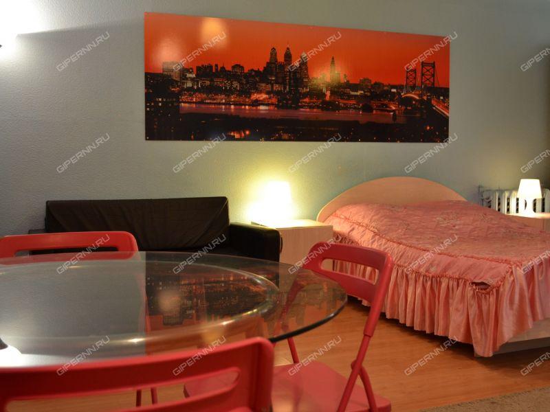 однокомнатная квартира на сутки на улице Веденяпина дом 10а