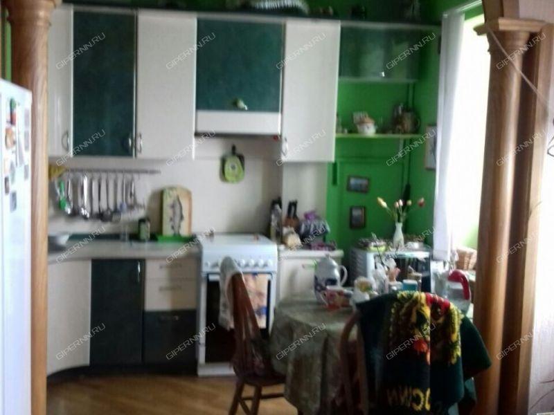 двухкомнатная квартира на улице Большая Покровская дом 9