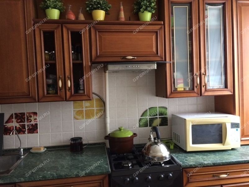 трёхкомнатная квартира на улице Адмирала Макарова дом 5